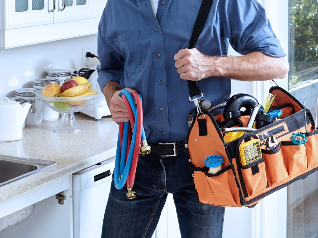 Choosing the Right San Antonio Plumber