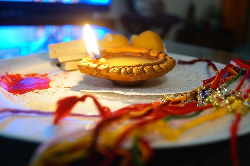 Fantastic Ways to Commemorate Raksha Bandhan 2019 with Your Siblings