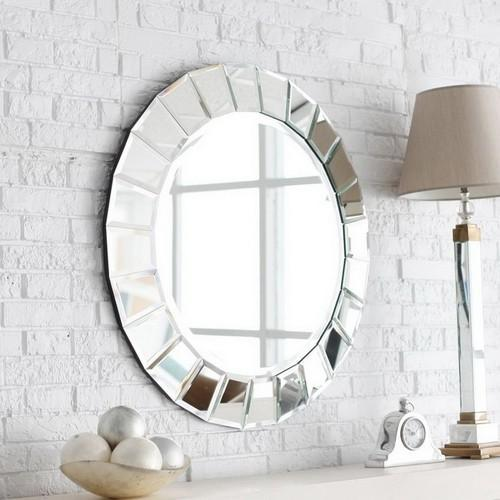 7 Ways to Create a Stylish Bathroom Mirror