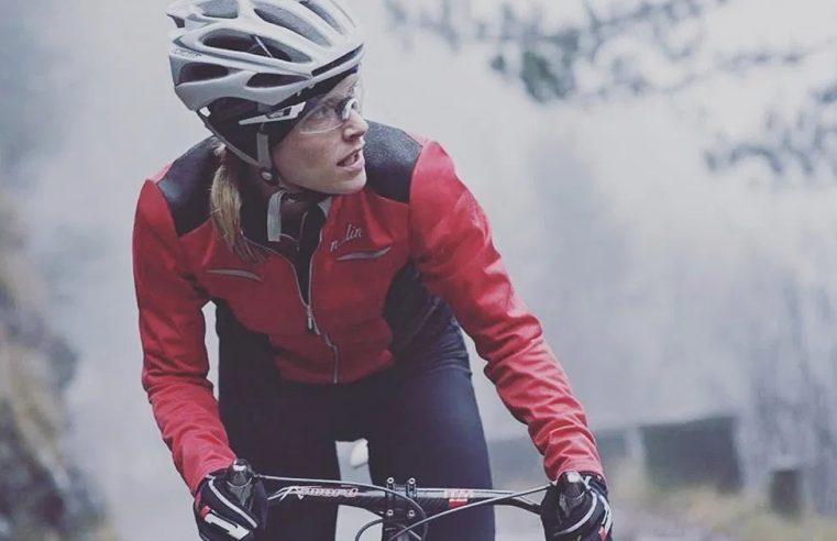 Clothing And Accessories To Wear While Riding Bike In Winter