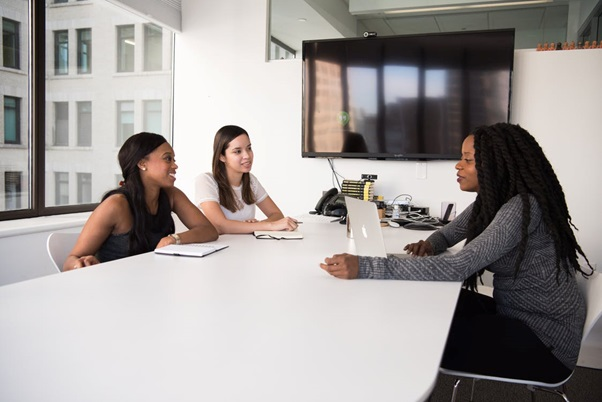 5 Reasons Why You Should Use a Recruitment Agency