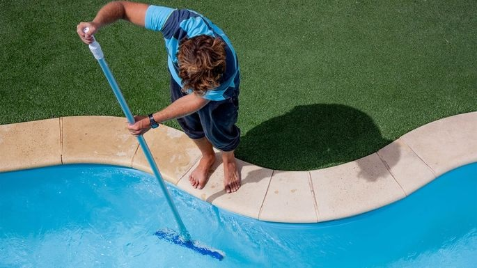 3 Summer Tips for your Pool Maintenance Business