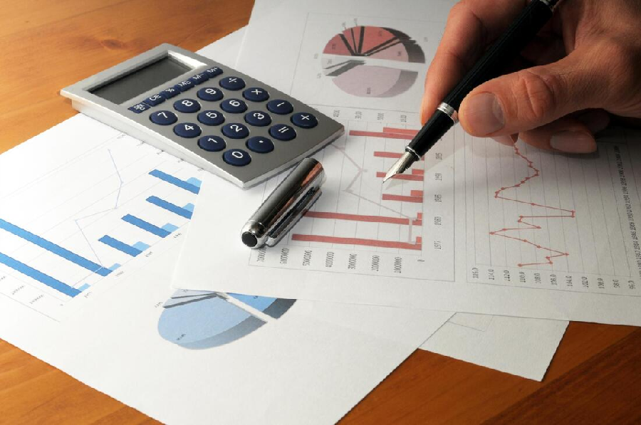 5 Reasons Why You Must Invest In Equity Funds Today!