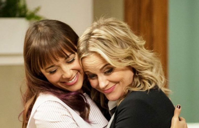 8 Ways to Cheer Up a Friend or a Loved One